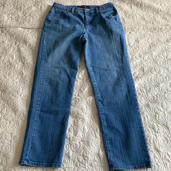 Gloria Vanderbilt Denim - Gloria Vanderbilt Amanda Jeans Size 12 short GUC